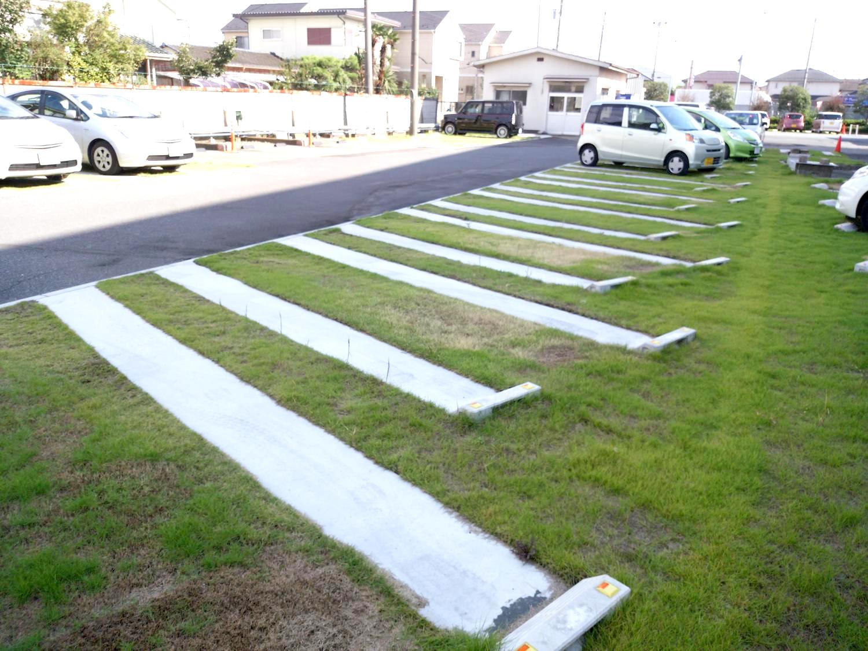 米久かがやき工場様駐車場緑化